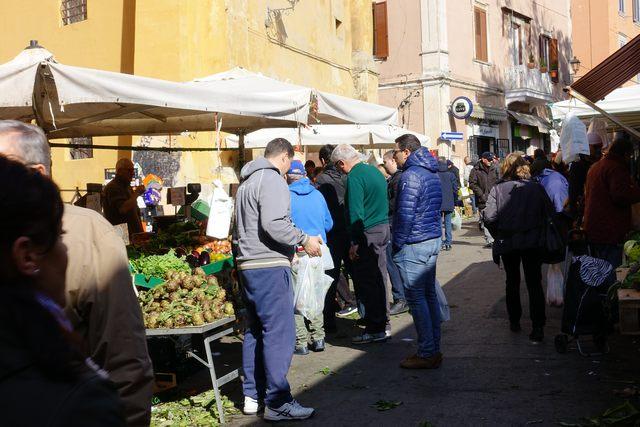 Restyling mercato, FdI dalla parte di Cna e Coldiretti