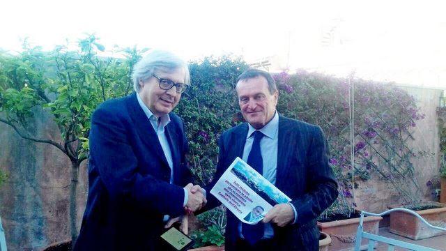 Vittorio Sgarbi oggi a Tarquinia per Moscherini sindaco
