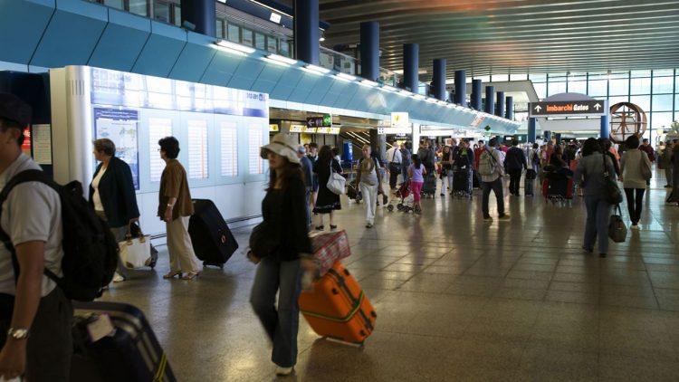 Fiumicino, allarme evacuazione partito per errore