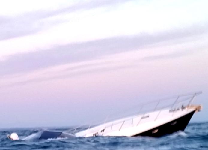 Affonda imbarcazione a largo di Ladispoli: salvati due naufraghi