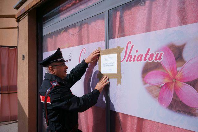 Centro massaggi cinese nel mirino dei Carabinieri
