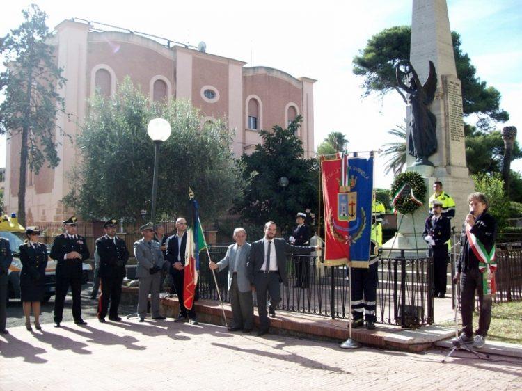 Santa Marinella, solenne cerimonia per il 4 Novembre