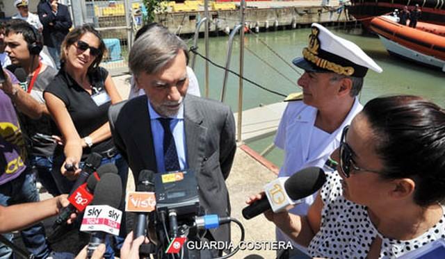"""Al via """"Mare Sicuro 2016"""": a Fiumicino Delrio, Martina e Galletti presentano l'operazione della Guardia Costiera"""