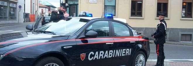 Viterbo, spacciava tra le minorenni: arrestato dai carabinieri