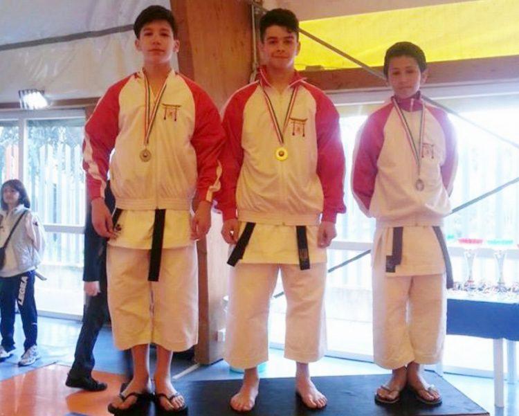 Il Goshin Karate Dojo si veste di azzurro