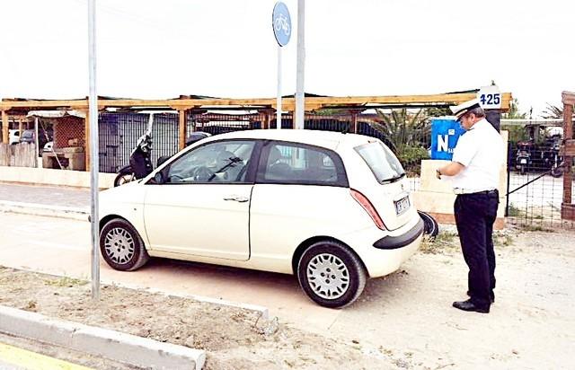 Fiumicino, stop a ''parcheggio selvaggio''