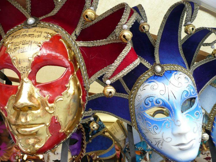 Carnevale, sfilata rinviata