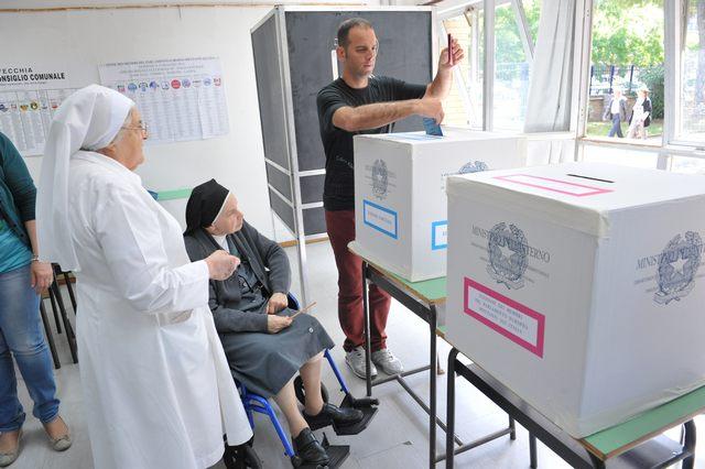 Il governo definisce i collegi elettorali: sorridono i grillini ed il centrodestra
