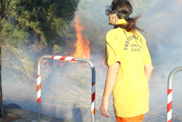 Incendi e disservizi: una domenica da dimenticare per i pendolari della tratta Fl5