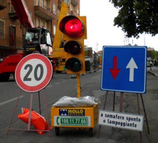 Nuovo semaforo a Tolfa