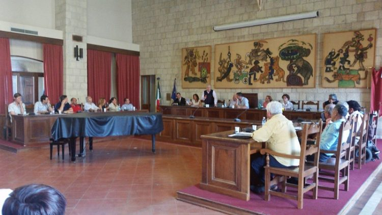 Consiglio comunale di Tarquinia: Luigi Torricelli prende il posto di Alberto Blasi