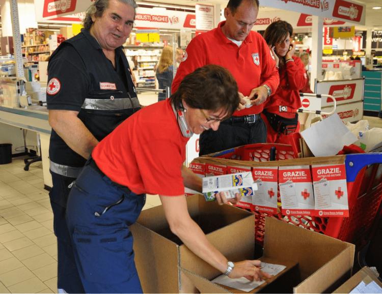 Prosegue la raccolta alimentare della Croce Rossa locale