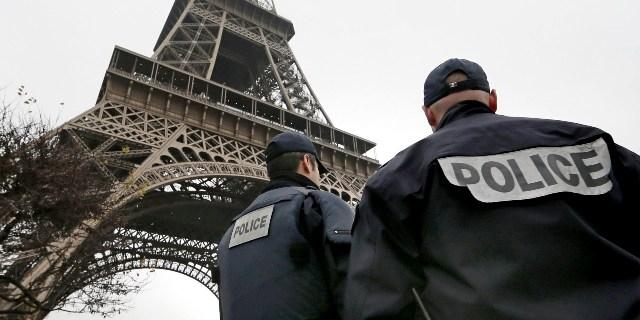 Effetto Parigi: viaggi in calo