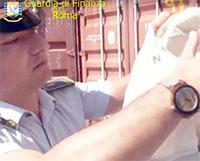 Sequestrati ottantamila marchi contraffatti