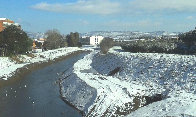 Neve sul fiume (foto Rosario Sasso)