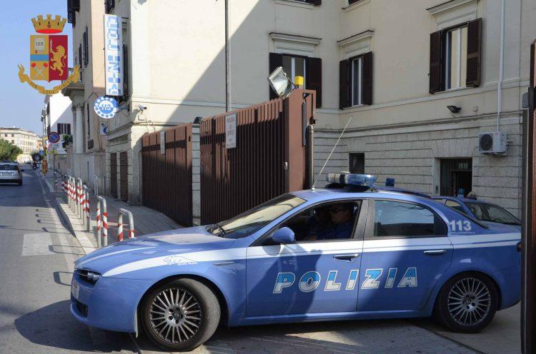 Polizia, maxi controlli a Santa Marinella