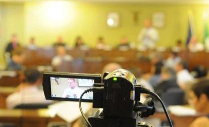 Tarquinia consiglio, 4 mozioni del M5S: approvati streaming e geotermia