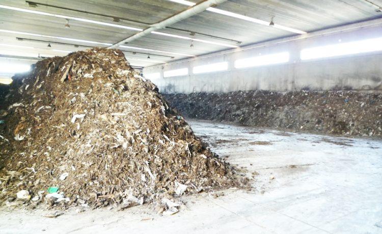 ''Guerra'' in Consiglio sul compost
