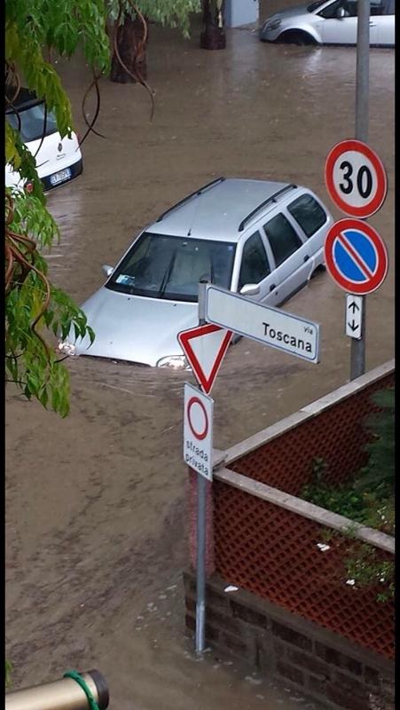 Maltempo, Santa Marinella sott'acqua