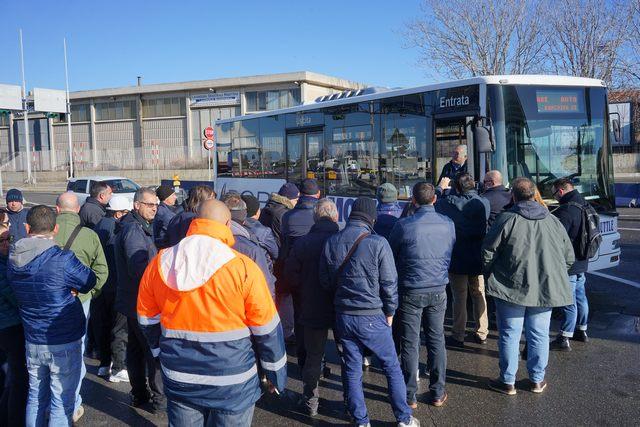 Royal Bus, sbloccati i pagamenti