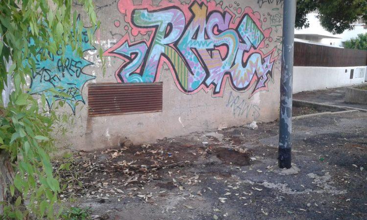 Cerveteri, discarica a cielo aperto in via Fontana Morella
