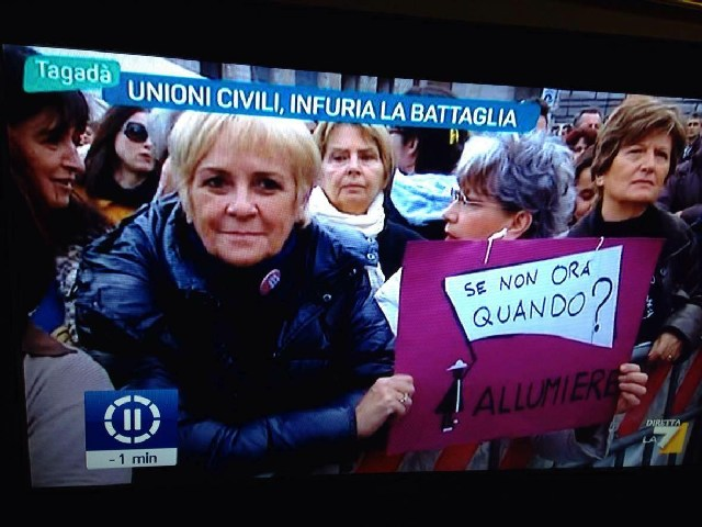 Snoq Allumiere su La7 nella trasmissione ''Tagadà'' per parlare delle unioni civili