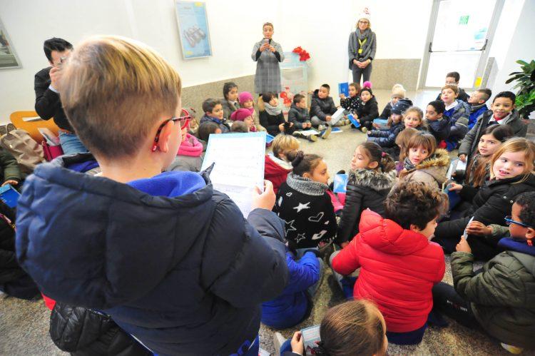 Poste italiane, gli alunni della Cialdi scrivono a Babbo Natale