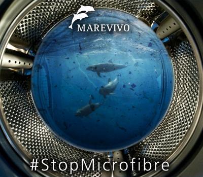 Microfibre, a ogni lavaggio milioni in mare