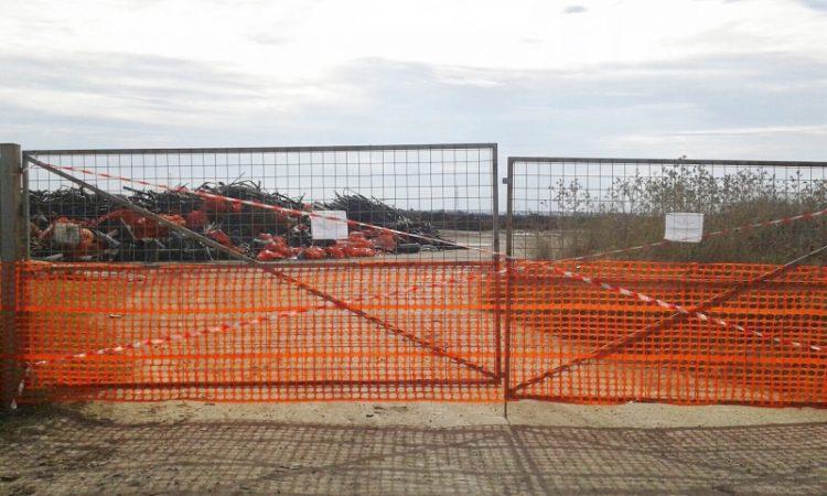 Tarquinia, deposito di rifiuti irregolare: sei denunce e terreno sequestrato