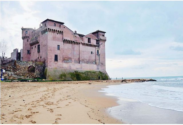 Al castello di Santa Severa l'ostello dei giovani