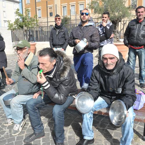 Palazzo del Pincio, la protesta di borsisti e senza tetto