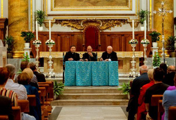 Convegno diocesano: la ricetta di don Maffeis per contrastare l'abuso della rete