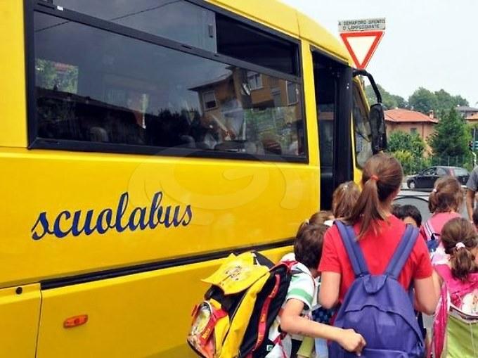 """Scuola """"costretta"""" a chiedere lo scuolabus di Argo, poi il Pincio stoppa il servizio: """"E' illegittimo"""""""