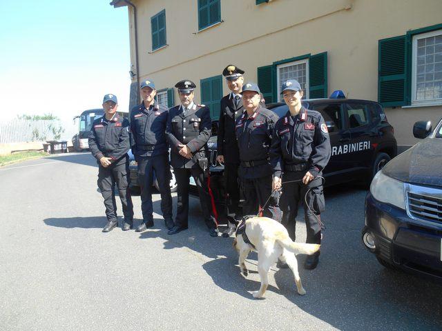 Alunni della primaria in visita all'Unità cinofila dei Carabinieri