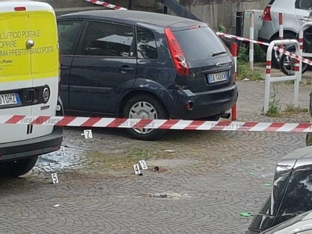 Roma, esplosione in centro davanti alle Poste: nessuna ipotesi esclusa