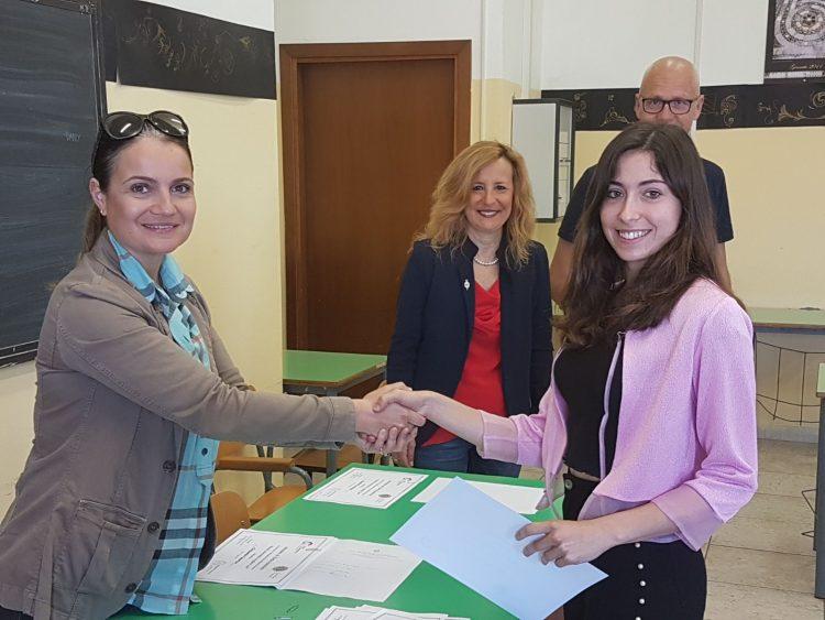 Cardarelli, Concorso di simulazione di colloquio di lavoro: vince Flaminia Quattrini della VA del Liceo scientifico