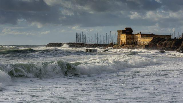 La forza del mare (foto Marcello Tedeschi)