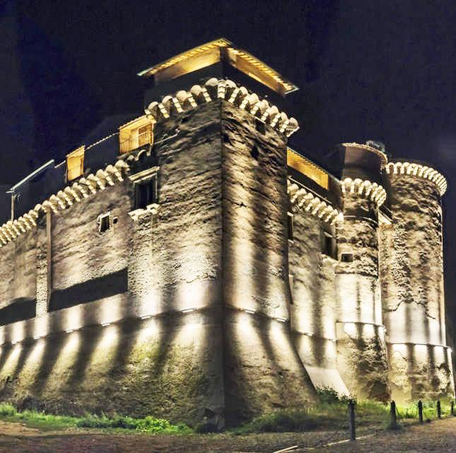 Il castello di Santa Severatorna agli antichi fasti