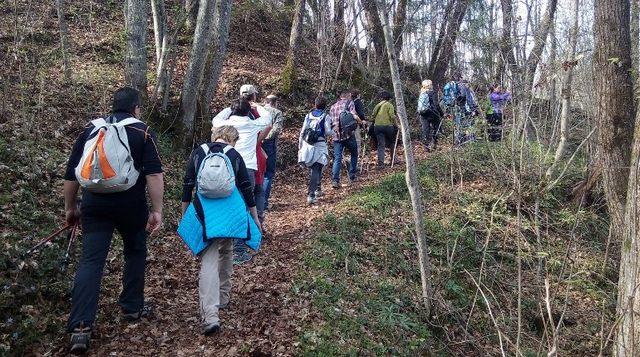 Tolfa, grande partecipazione alla visita guidata naturalistica