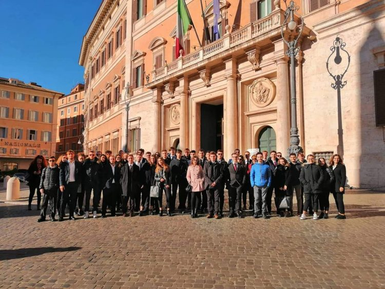 Da via Corradetti a Montecitorio: un giorno alla Camera
