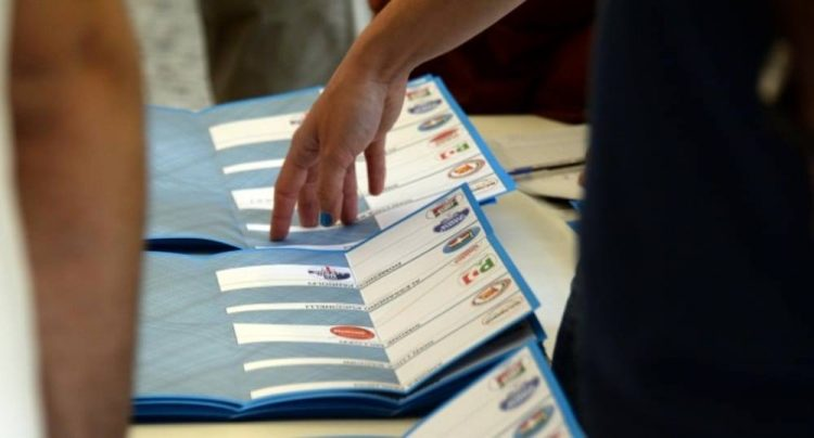 Collina pronta all'election day