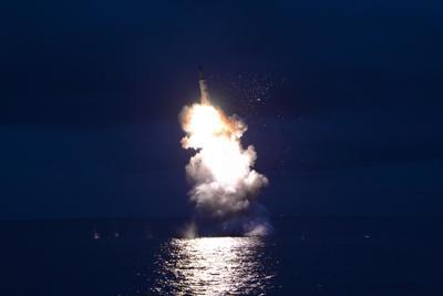 Attacco Usa in Siria: 60 missili contro base aerea