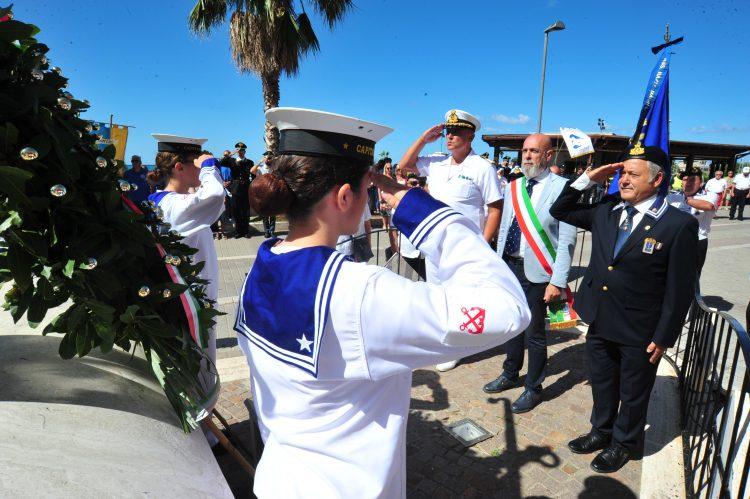 Ricordati i marinai scomparsi in mare