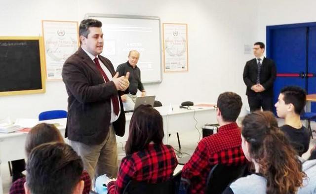 ''Le chiavi d'oro'' incontra gli studenti