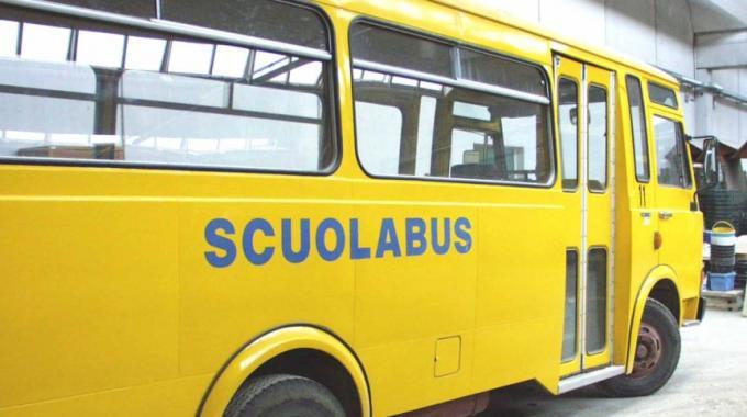 Scuolabus, ventitre euro a trimestre per un solo figlio