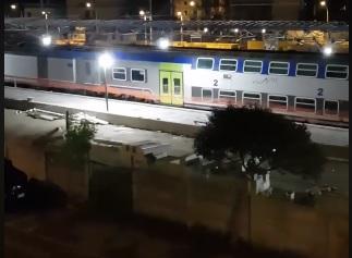 Ladispoli, treno acceso la notte: è ancora protesta