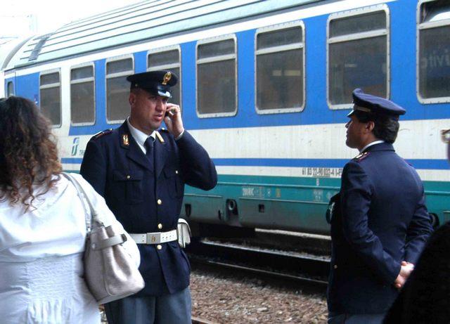 Bloccato un corriere della droga in stazione
