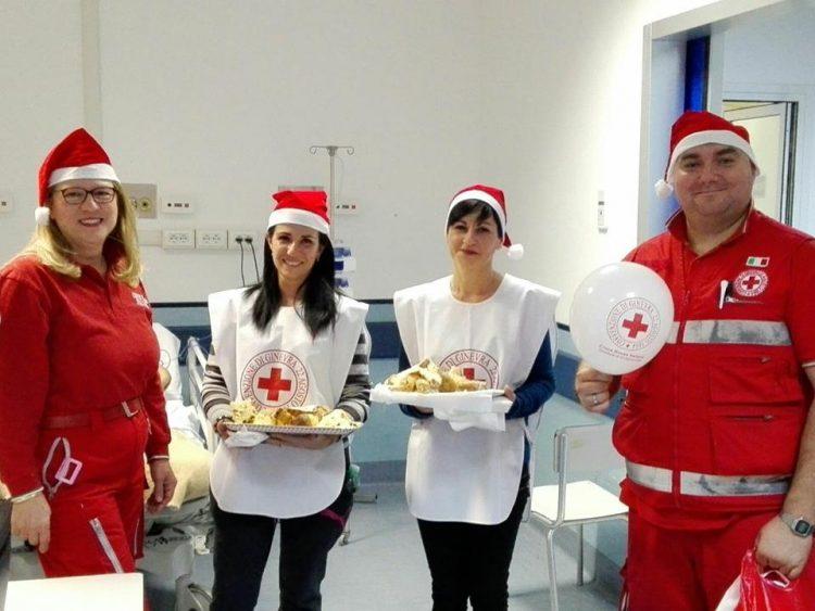 La Croce rossa porta conforto ai pazienti del San Paolo
