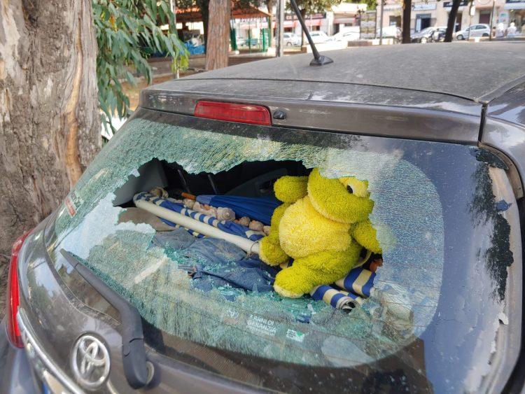 Auto distrutte nella notte