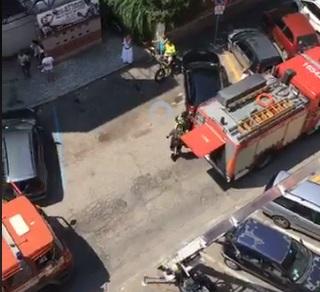Ladispoli, fumo da un appartamento: sul posto vigili del fuoco e sanitari